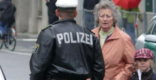 V Drážďanech vybuchla část bomby z války, evakuováno bylo 9000 lidí