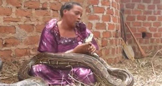 Žena spávala s hadem, pak jí veterinář řekl cosi šokujícího