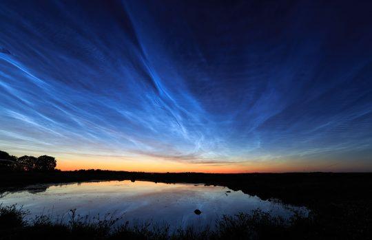 Proč se nad Antarktidou objevují modrá oblaka?