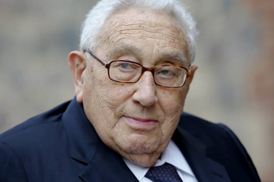 Karty se začaly obracet. Kissinger poskytl rozhovor redaktoru TASS