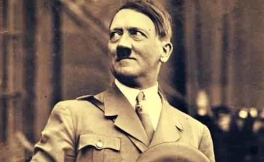 Odtajněné dokumenty CIA zpochybnily Hitlerovu sebevraždu