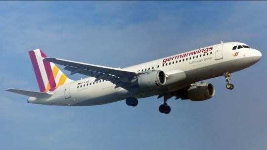 Germanwings Flight 9525.  Před přeložením našeho článku o sestřelení Lufthansy máte zde další článek, který řečené potvrzuje…..