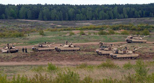 Rekordní počty amerických vojáků NATO se účastní spojeneckých cvičení v Polsku