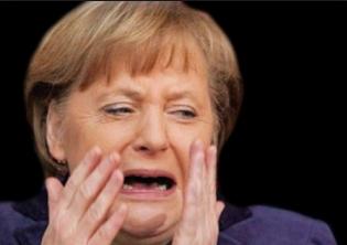 Po zatýkání politiků v USA mají začít i v Evropě. MADAMME MERKELOVÁ asi uteče do Paraquaje a následně do Argentíny?