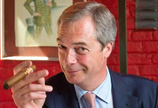 Nigel Farage opět exceloval. Vyjádřil se k parlamentu EU, že jednají mafiánskými praktikami
