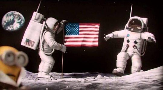 """Nenechte se oblbovat """"VĚDCI A ODBORNÍKY Z NASA"""". Jednoduché důkazy o tom, že USA nikdy nebylo na měsíci. Pokusy si můžete doma udělat sami"""