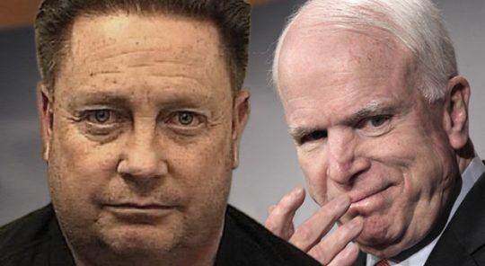 Manažer kampaně Johna McCaina byl zatčen za pedofilii