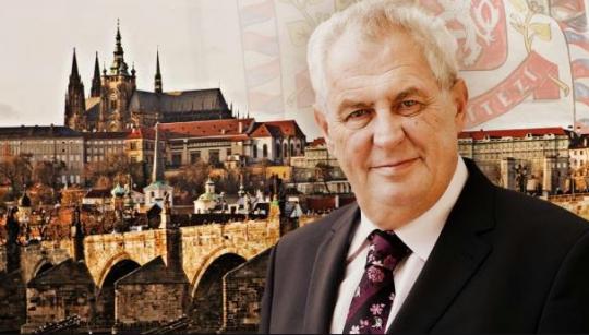 Prezident a demise Sobotky. Skvělý výklad Ústavy ČR docentem Koudelkou