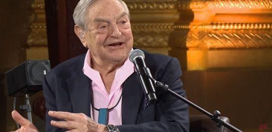"""Georgi Sorosovi se to v Makedonii vymklo z rukou. Místo jeho lidí vyrazila na parlament protistrana a podala si """"proevropské"""" poslance"""