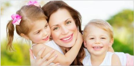 """Matky vyzývajú premiéra a vládu SR na ukončenie ich diskriminácie pre to, že sa osobne starajú o deti počas rodičovskej """"dovolenky""""."""
