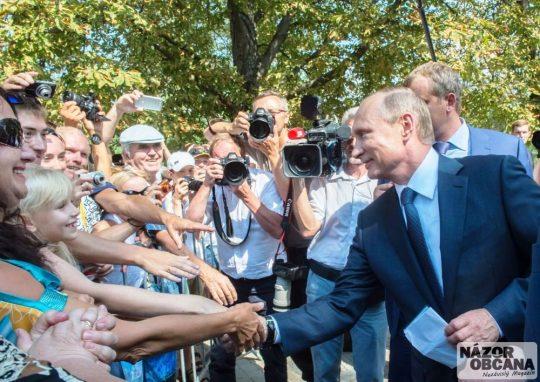 Die Welt: Kde Kyjev zakazuje, Putin povoluje