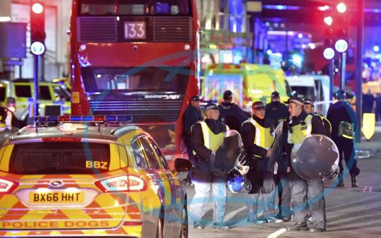 V Londýně byl spáchán dvojí teroristický útok – sledujeme online