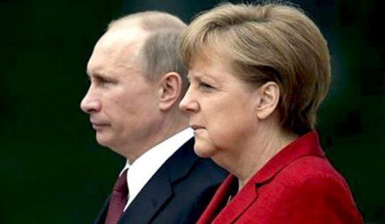 Putin překvapil – postavil se na stranu Merkelové. Kruh se uzavírá?