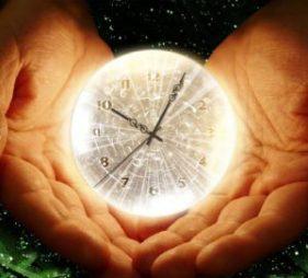 Čas není lineární, je to bod (nekonečná sféra), aneb o vědomí a procesu stárnutí