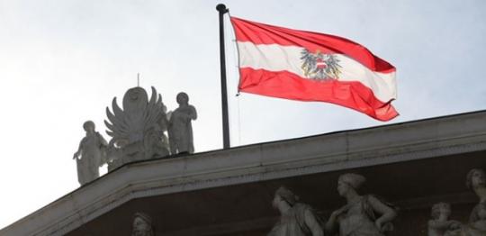 """Masakr: V Rakousku imigrant zavraždil """"pro výstrahu"""" voliče protiimigrantské strany FPÖ"""
