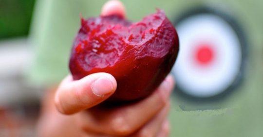 Nedostatek žaludeční kyseliny způsobuje rakovinu. Červená řepa zjistí, zda jí máte dost