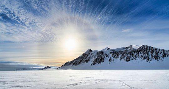 """Kdo jsou """"antarktičtí nacisté""""? Co bylo pravým účelem operace Highjump?"""