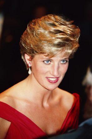 Lady Diana: Nikdy nebudem kráľovná. Ale chcem byť kráľovná srdcí ľudu