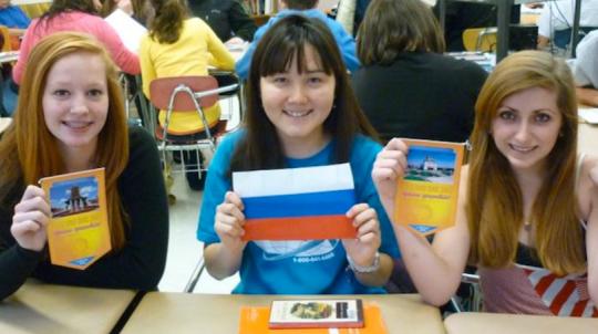 Někteří ruští učitelé odmítají vyučovat podle moderních učebnic, mají otupovat děti