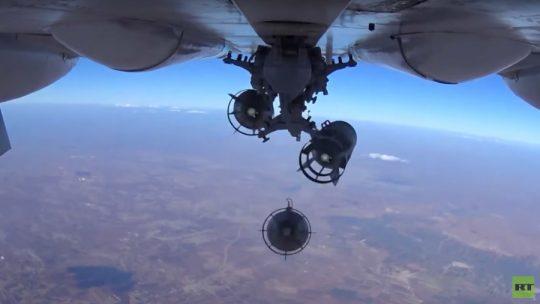 Ministerstvo obrany Ruské federace zveřejnilo video útoků na an-Nusru a IS
