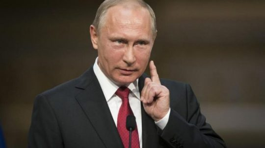 Putin: Ukončíte RT, já ukončím CNN