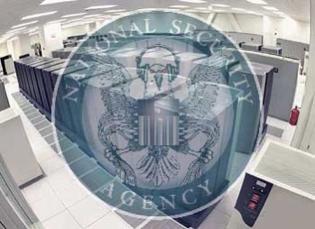 NSA sleduje od roku 2013 uživatele Bitcoinu, tvrdí známý whistleblower Snowden