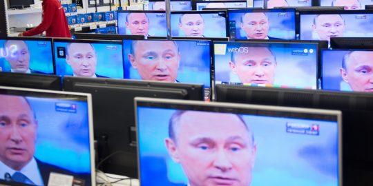 Známý americký novinář uvedl fakta, jak jeho kolegové bez důkazů vytvářejí protiruské články