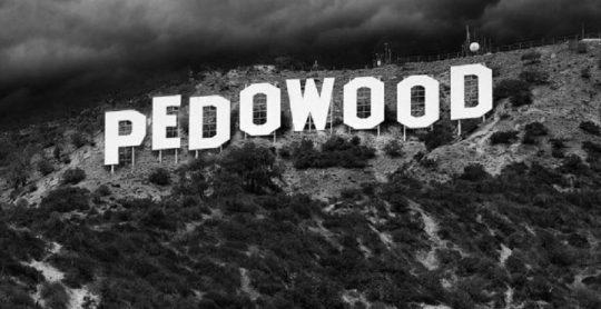Corey Feldman spustil kampaň na odhalenie pravdy o Hollywoodských pedofiloch