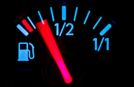 EU musí být šílená, od roku 2021 chce online sledovat spotřebu všech aut!