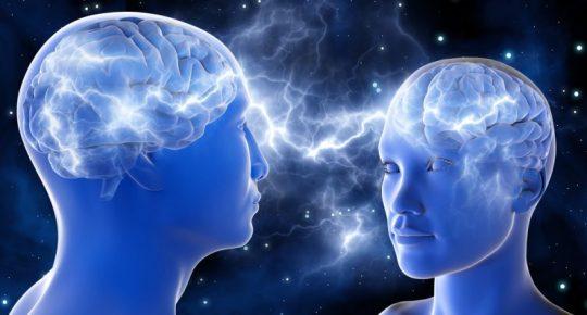Konec hledání spřízněné duše. Vědci vyvinuli chytrou čelenku, pozná lidi na stejné vlně
