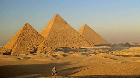 Velká pyramida v Gíze odkryla záhadnou místnost