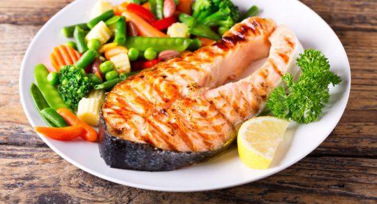 11 Příznaků, kterými vám tělo signalizuje nedostatek bílkovin