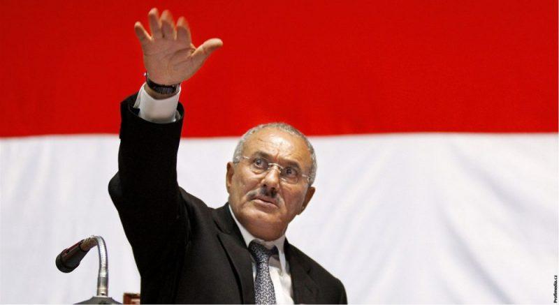 Jemenští povstalci válčí mezi sebou, v bojích zahynul exprezident Sálih
