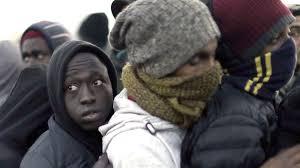 Uprchlík pobodal rodinu. Vadilo mu, že je spokojená a směje se
