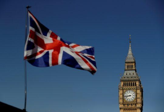 Bristký historik chce zverejniť tajné dokumenty britskej zahraničnej politiky. Veľa dokumentov zámerne zničili, aby zakryli svoje zločiny – Hlavné správy