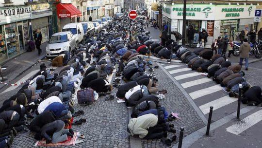 Říkal jsem to, komentuje Zeman policejní zprávy o islámské hrozbě v ČR