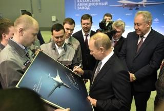 Rusko se vrací k dopravnímu supersoniku. Jeho základem má být Tu-160