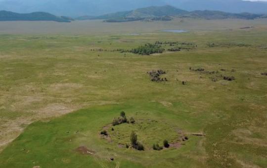 Na Sibiři byla objevena nedotčená hrobka dávných válečníků