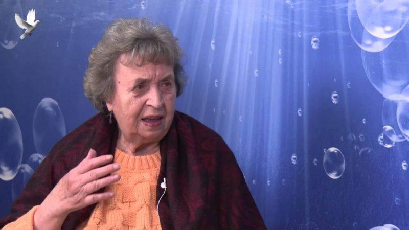 Praktické rady známé léčitelky Evy Moučkové: Češi přestali zpívat, zpívejte Češi! (VIDEO)