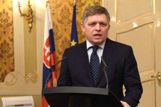 Premiér: K destabilizácii krajiny prispieva aj prezident. O čom bolo jeho stretnutie so Sorosom?