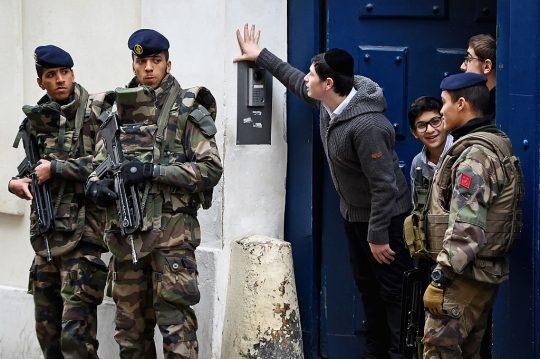 Islámský antisemitismus ve Francii: Směřujeme k etnickým čistkám