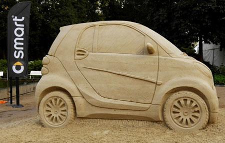 V Itálii z nebe údajně prší saharský písek. Nebo ne? Souvislost s událostí z minulého týdne, kdy bylo použito BST