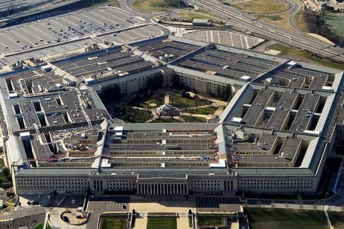 Vojensko průmyslový komplex USA si zlého nepřítele – když není – musí vyrobit. Ale co my s tím?