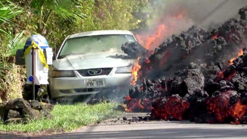 VIDEO: Havajská sopka vydává řev jako motor letadla, líčí místní