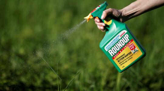 Umírající Kaliforňan požene Monsanto před soud! Má důkazy o tom, že společnost zakrývá rakovinotvorné účinky Roundupu