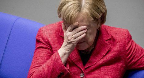 Další třes Angely Merkelové. Tentokrát se jí udělalo špatně vedle německého prezidenta (VIDEO)