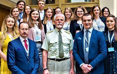 Think-tank Evropské hodnoty obdržel uznání NATO za odhalování ruských podvratných aktivit v Česku