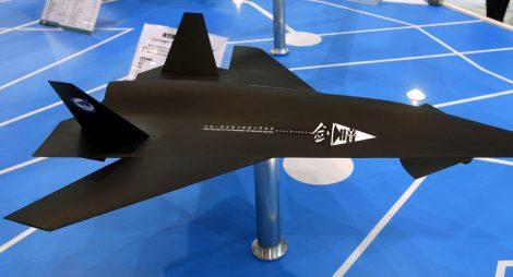 Čínský nadzvukový letoun Temný meč šokoval USA