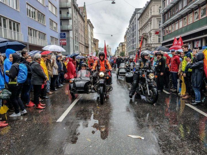 Němci konečně vyrazili do ulic. Překvapivě ale demonstrovali ne proti migraci, ale tvrdému postupu vůči migrantům