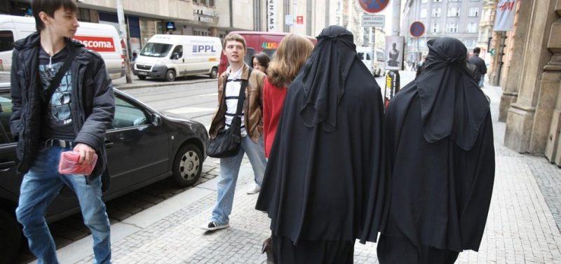 Děsivé svědectví muslima o současné Francii